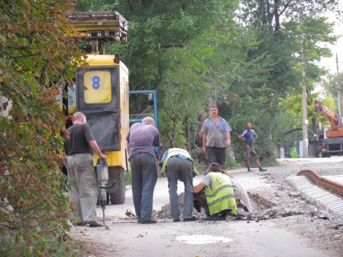 В Мариуполе ко Дню города хотят пустить первый после капремонта трамвай по бул. Шевченко (ФОТО), фото-10