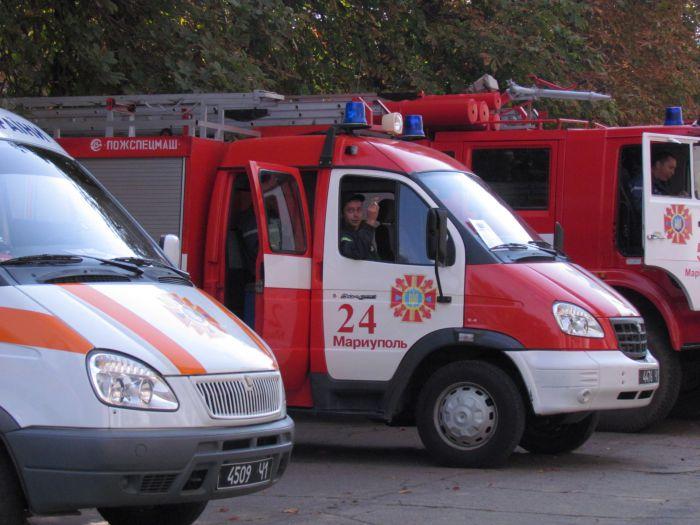 Мариупольские спасатели отмечают профессиональный праздник (ФОТО), фото-2