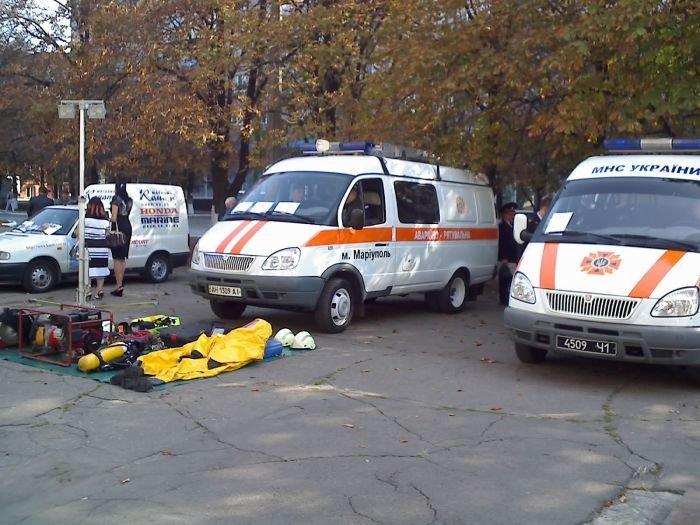 Мариупольские спасатели отмечают профессиональный праздник (ФОТО), фото-1