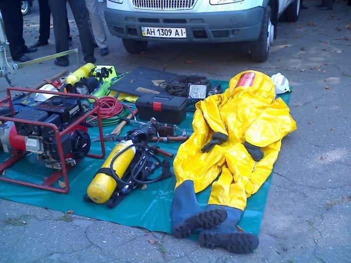 Мариупольские спасатели отмечают профессиональный праздник (ФОТО), фото-3