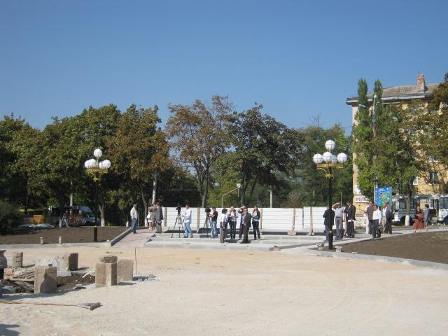 В Мариуполе Приморский парк украсит фонтан с подсветкой (ФОТО), фото-4