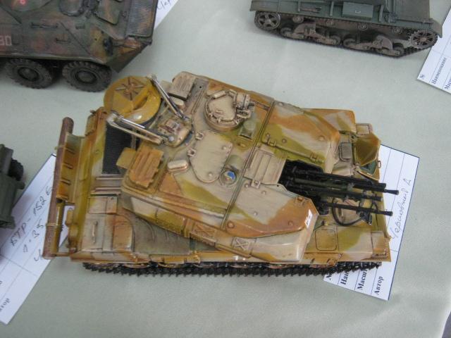 Сегодня в выставочном  центре им. Куинджи мариупольцам показали военную технику в миниатюре (ФОТО), фото-3