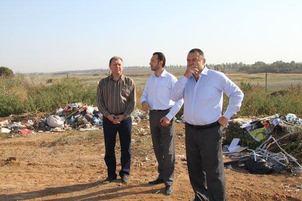 Власти обещают очистить Азовское побережье от мусора (ФОТО), фото-1