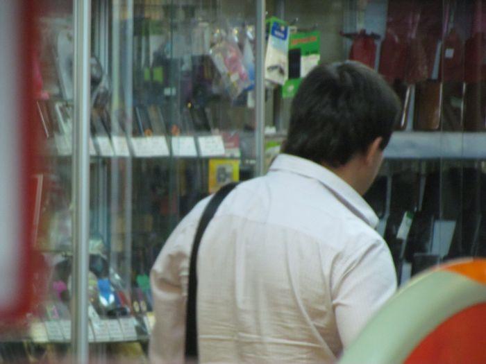 На отдел  мариупольского ЦУМа  «наехали»  сотрудники Донецкого ОБЭП (ФОТО), фото-2