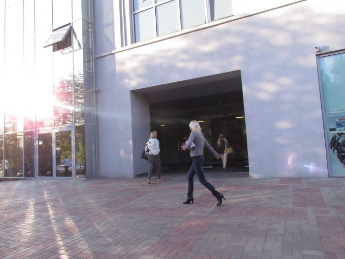 На отдел  мариупольского ЦУМа  «наехали»  сотрудники Донецкого ОБЭП (ФОТО), фото-4