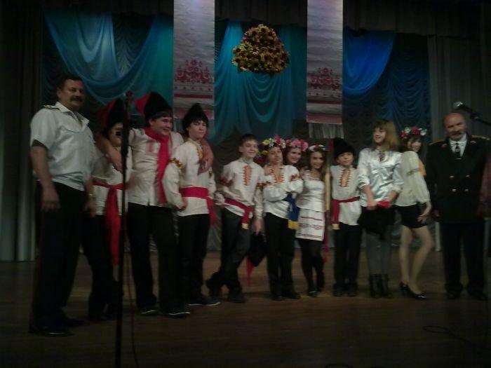 В Мариуполе казачьи отряды шести школ показали, на что способны (ФОТО), фото-5