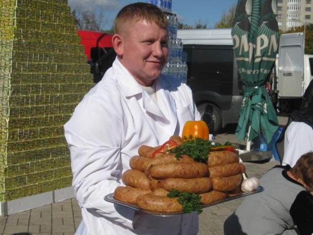 Мариупольский чиновник купил на ярмарке колокольчик для любимой тещи (ФОТО), фото-11
