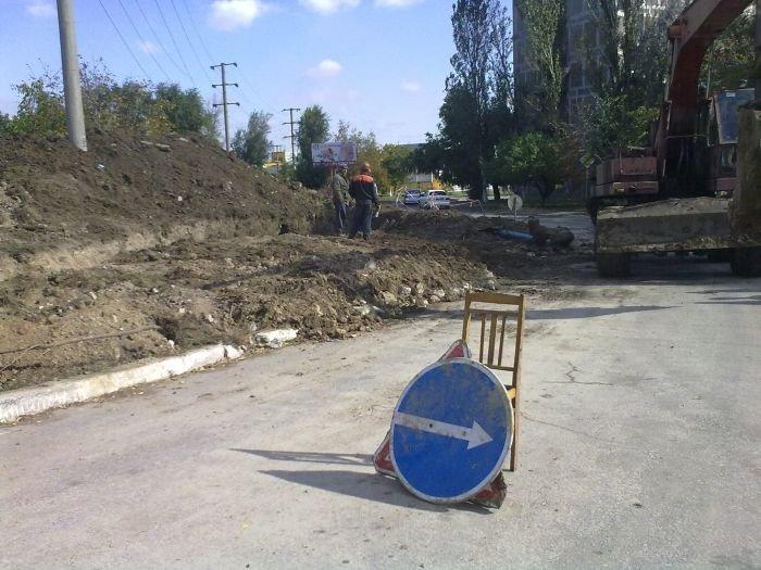 В Мариуполе жителей площади Кирова избавят от канализационных затоплений (ФОТО), фото-2