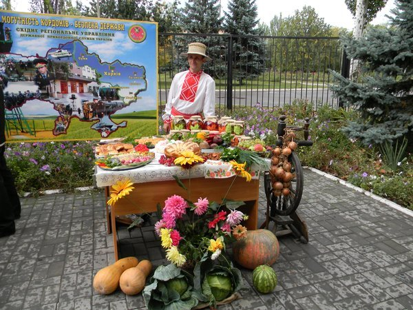 В Новоазовске пограничники устроили праздник урожая (ФОТО), фото-5