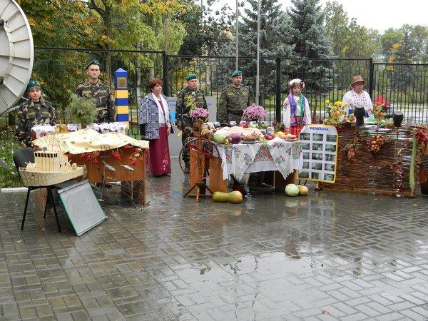 В Новоазовске пограничники устроили праздник урожая (ФОТО), фото-6