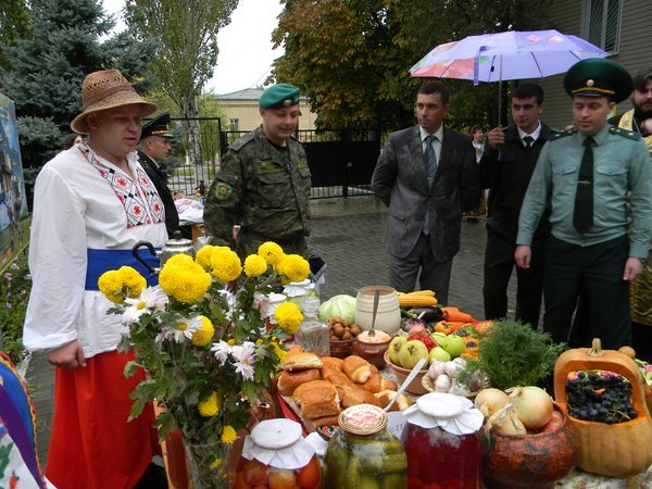 В Новоазовске пограничники устроили праздник урожая (ФОТО), фото-11