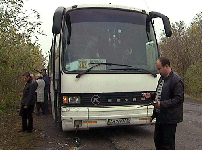«Таврия» сбила на остановке 10 пассажиров автобуса «Мариуполь - Северодонецк» (ФОТО), фото-12