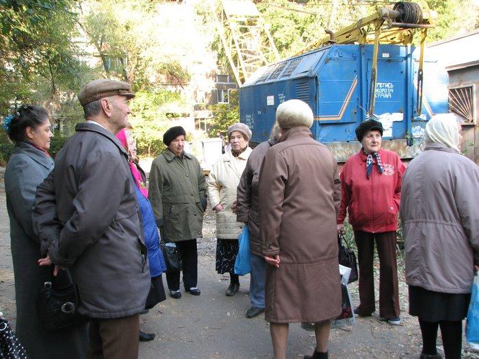 Мариупольцы выступили против строительства очередного магазина (ФОТО), фото-9