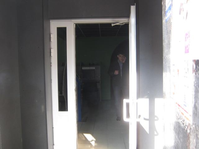 Мариупольская милиция в компьютерном клубе провела загадочное задержание (ФОТО), фото-3