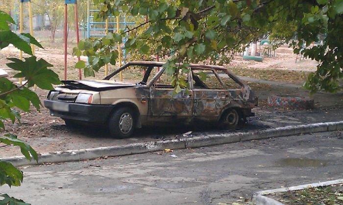 В Мариуполе загадочно горят автомобили(ФОТО), фото-1