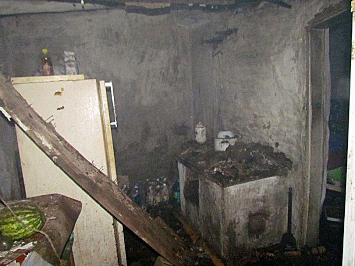 В Мариуполе горели «трущобы» (ФОТО), фото-5