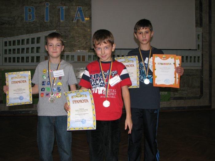 Школьник из Мариуполя признан лучшим хоккейным бомбардиром (ФОТО), фото-2