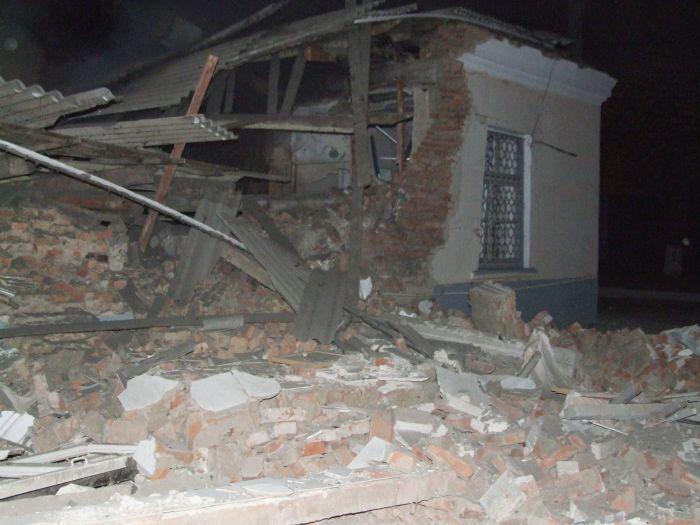 В Донецке взорвался морг (ФОТО), фото-1
