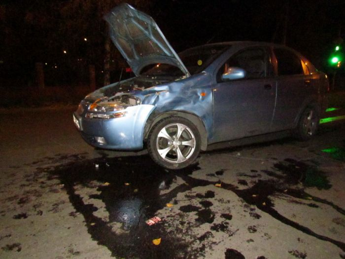 Авария на одном из самых неспокойных перекрестков в Мариуполе. Травмирована женщина (ФОТО), фото-2
