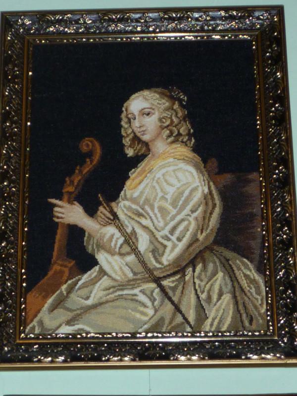 В Мариуполе открылась выставка вышитых портретов и икон (ФОТО), фото-2