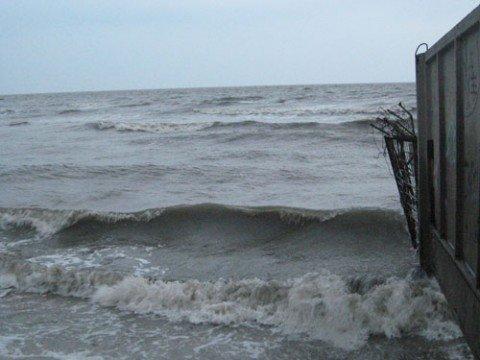 В Азовском море недалеко от берегов Мариуполя потерпели бедствие рыбаки, фото-1