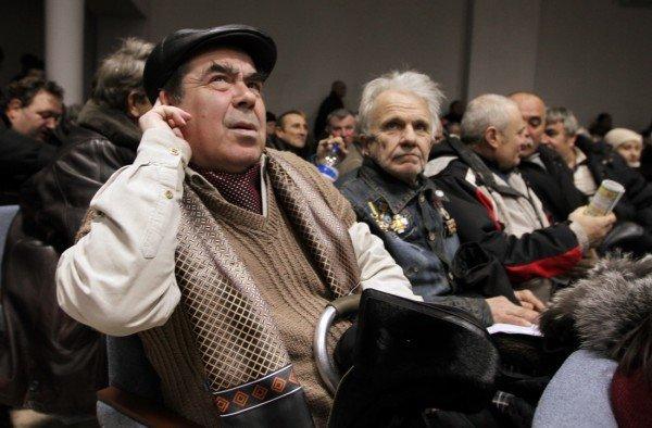 Чернобыльцы захватили донецкий  областной пенсионный фонд (Добавлено ФОТО), фото-2