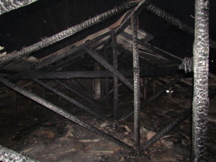 В Мариуполе пять семей-погорельцев нашли приют у друзей и соседей, фото-2