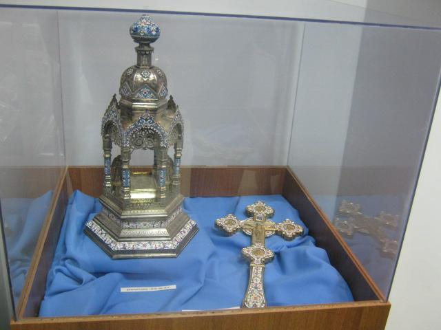 Мариупольский музей открыл свои фонды, чтобы показать ценителям православные реликвии (ФОТО), фото-4