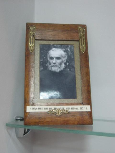 Мариупольский музей открыл свои фонды, чтобы показать ценителям православные реликвии (ФОТО), фото-7