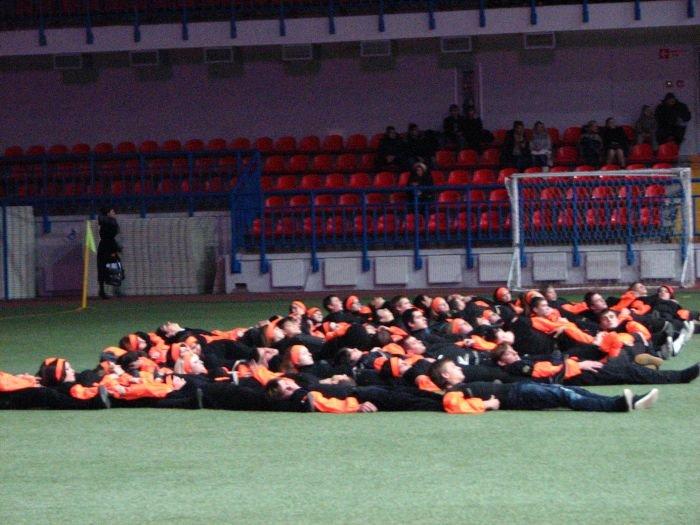 Мариупольские студенты организовали грандиозное танцевальное шоу (ФОТО), фото-8