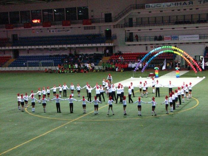 Мариупольские студенты организовали грандиозное танцевальное шоу (ФОТО), фото-18