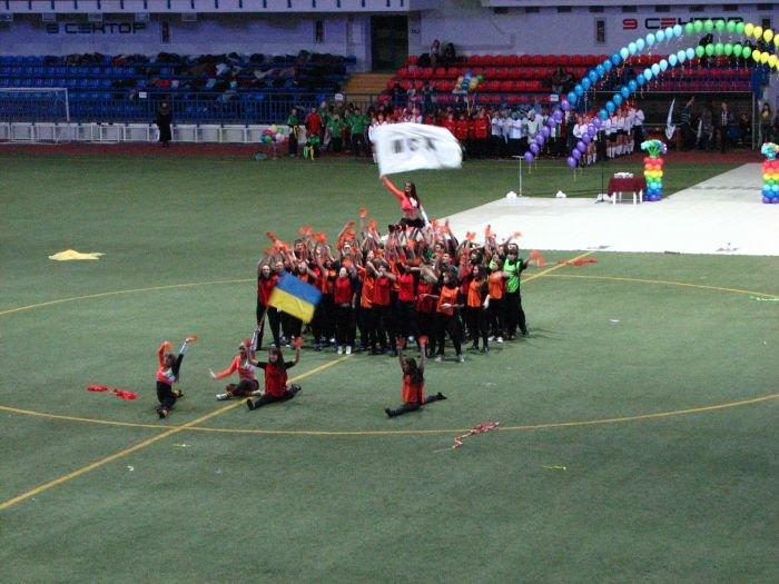 Мариупольские студенты организовали грандиозное танцевальное шоу (ФОТО), фото-15
