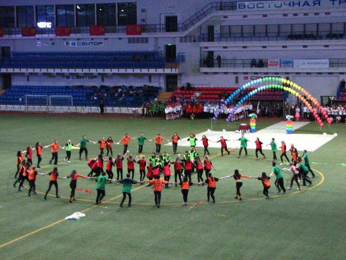 Мариупольские студенты организовали грандиозное танцевальное шоу (ФОТО), фото-14