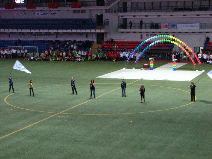 Мариупольские студенты организовали грандиозное танцевальное шоу (ФОТО), фото-21