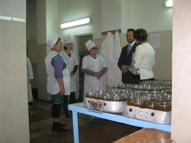 В Мариуполе школа-интернат №1 держала экзамен перед руководством области (ФОТО), фото-10