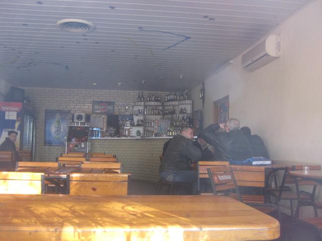 В Мариуполе проверили закусочные, которые спаивают работников комбината им. Ильича (ФОТО), фото-17