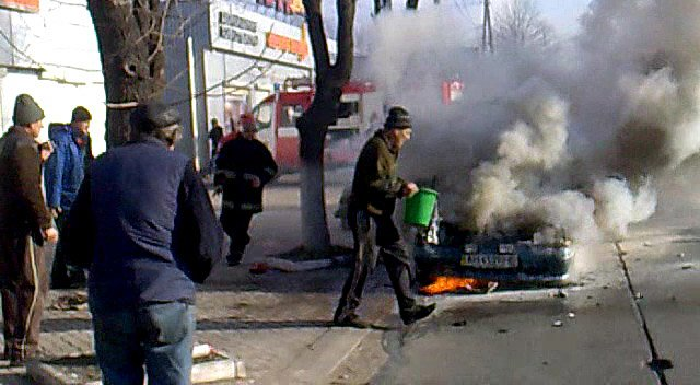На ходу загорелась иномарка. Пострадавших нет (ФОТО), фото-14
