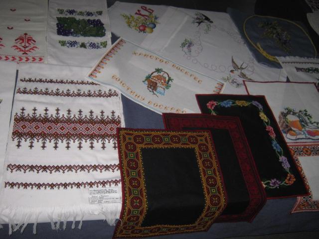Самодеятельные художники и  народные умельцы «завалят» Мариуполь рождественскими подарками (ФОТО), фото-6