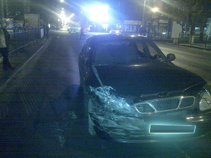 В Мариуполе «Mercedes»  и «Daewoo» не поделили  центральный перекресток (Фотофакт), фото-2