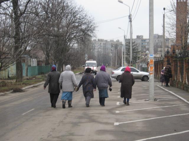 Коммунальные службы «причесывают» Мариуполь к Рождеству (ФОТО), фото-6