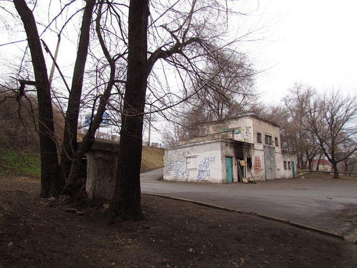 общий вид здания горевшего