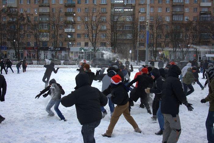 В Мариуполе состоялась снежная битва. Обошлось без жертв (ФОТО), фото-7
