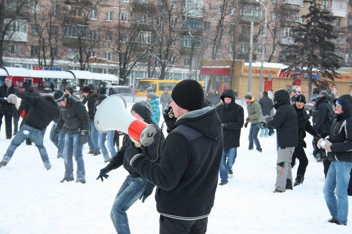 В Мариуполе состоялась снежная битва. Обошлось без жертв (ФОТО), фото-15