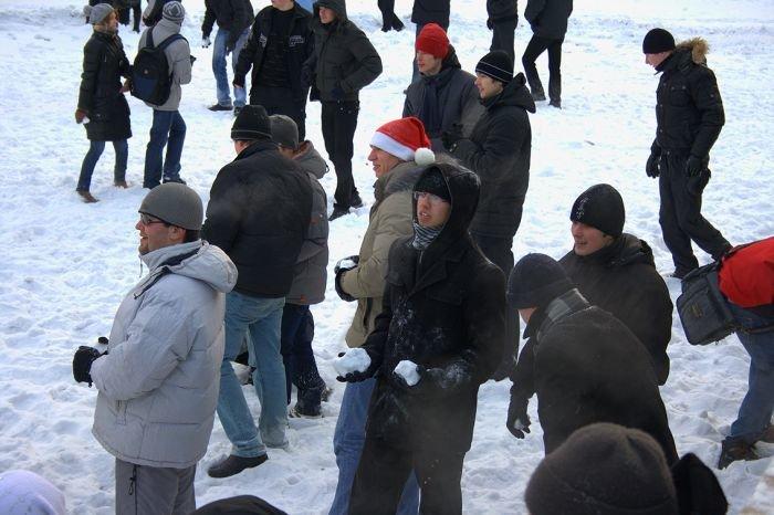 В Мариуполе состоялась снежная битва. Обошлось без жертв (ФОТО), фото-10