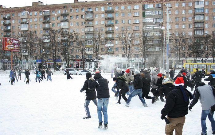 В Мариуполе состоялась снежная битва. Обошлось без жертв (ФОТО), фото-3