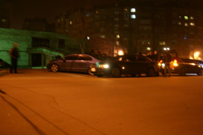 Мариуполец попал под колеса прямо на автостоянке (ФОТО), фото-3
