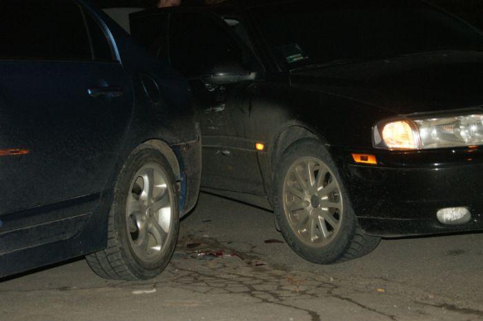 Мариуполец попал под колеса прямо на автостоянке (ФОТО), фото-2