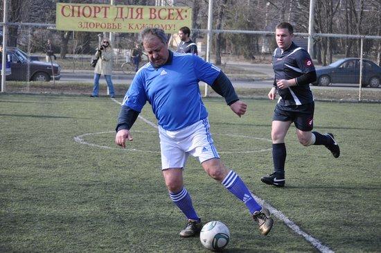 В Мариуполе состоялся футбольный матч между горсоветом и горисполкомом (ФОТО), фото-4