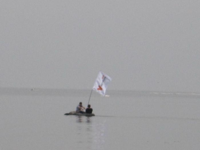 Мариупольцы высадились на льдину в Азовском море (ФОТО), фото-5