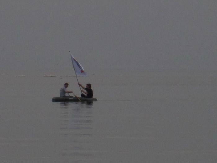 Мариупольцы высадились на льдину в Азовском море (ФОТО), фото-2